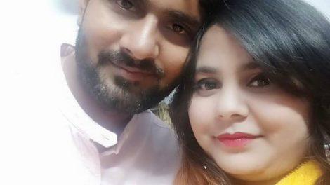 राजनाथ सिंह के लिए चुनाव प्रचार में जुटे अभिनेता विनोद यादव ने दिया पत्नी साक्षी को सरप्राइज गिफ्ट