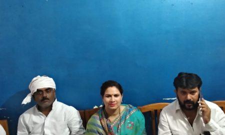 पूजा पांडेय ने सलेमपुर विधानसभा में सघन जनसंपर्क कर मांगा वोट