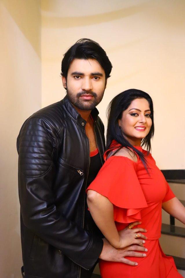 अंजना सिंह के साथ एक साथ तीन फिल्मो में मनमोहन मिश्रा