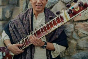 Ustad Hidayat Khan wants to revive the magic of classical music; offers no-cost music to Bollywood Filmmakers