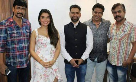 खेसारी के बाद ''निरहुआ' को लेकर फिल्म बना रहे है निर्माता वसीम ए. खान