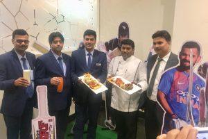 होटल पनाश में क्रिकेट के लाइव स्क्रीनिंग के साथ लें खाने का मजा