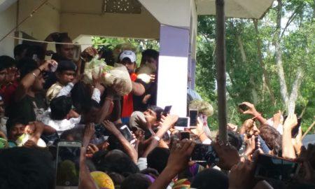 सीतामढ़ी में बाढ़ पीडितों के पास मदद लेकर पहुंचे सुपरस्टार खेसारीलाल यादव