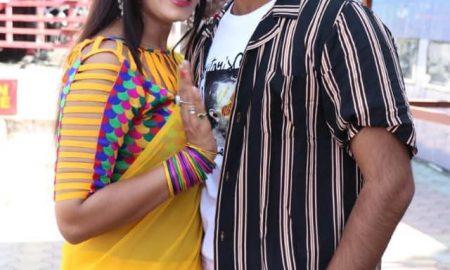 अरविंद अकेला कल्लू व पूनम दुबे पहली बार साथ साथ