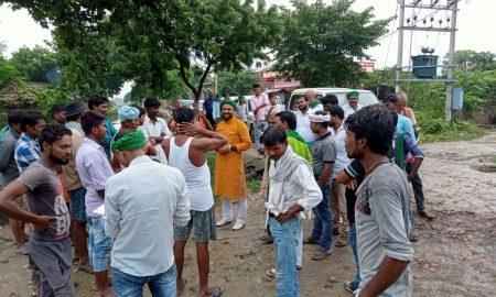 राजद प्रत्याशी उमेश सिंह का दरौंदा विधानसभा के विभिन्न गांवों में जनसंपर्क जारी हैं