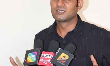 विनोद यादव ने स्वर्गीय भालचंद्र यादव को दी मुंबई में श्रद्धांजलि