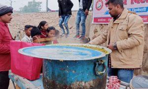 सामर्थ्य बिहार की टीम ने नये साल पर झुग्गी-झोपड़ियों में जाकर खुशियां मनाई, गरीबों को भरपेट भोजन कराए..