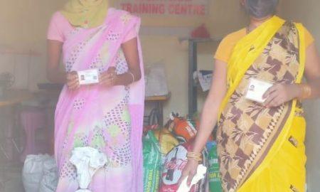 इनरव्हील क्लब ऑफ पटना ने जरूरतमंदों के बीच बाटी राशन सामग्री