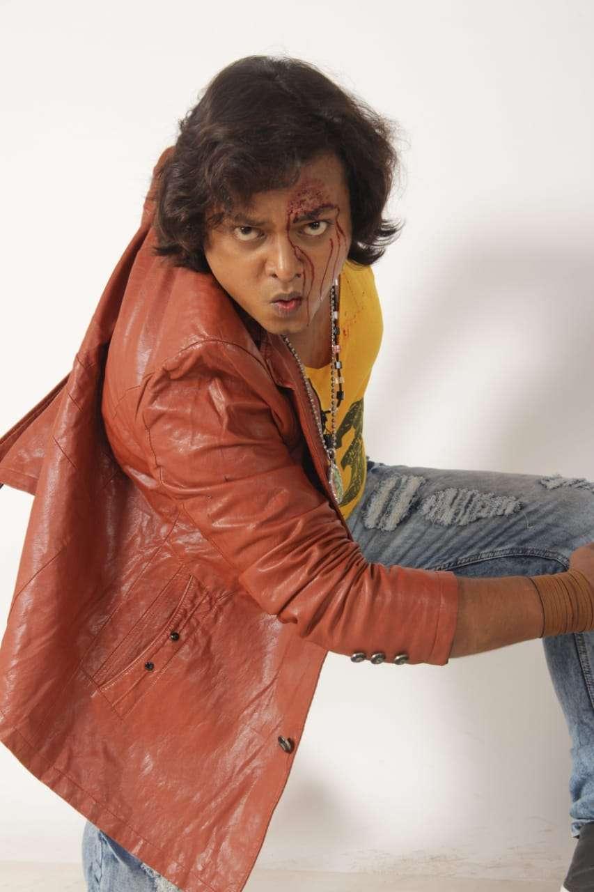 सूरज सम्राट अभिनीत भोजपुरी फ़िल्म हत्यारा और राजनंदिनी की शूटिंग गोरखपुर में होगी बहुत जल्द।