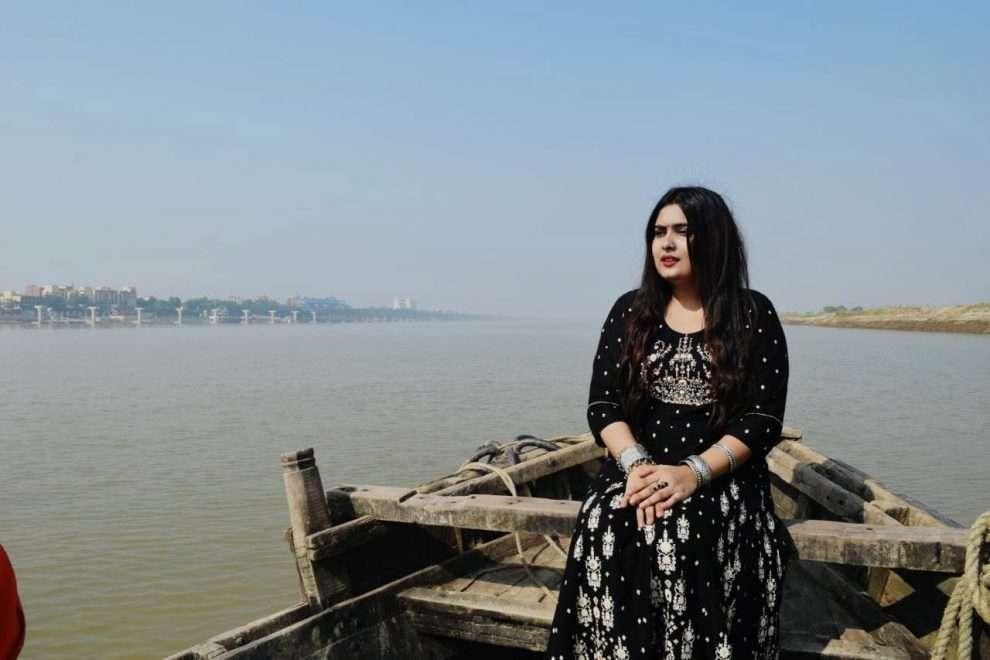 Navaratri में Priya Malik के Durga Kavach की धूम