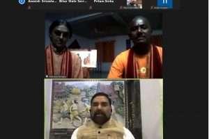 जीकेसी का एकदिवसीय योग वर्कशॉप संपन्न, योग गुरू ने लोगों को दिये योगा टिप्स