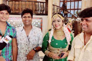 'प्यार होता है दीवाना सनम' के सेट पर शुभी शर्मा के साथ रोहित राज यादव ने खूब लगाए ठुमके